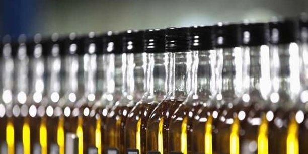 La Tunisie dispose aujourd'hui d'une capacité de stockage d'huile d'olive de quelque 365 000 tonnes, dont 150 000 (41%) détenues par l'Office national tunisien de l'huile.