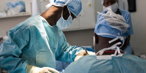 Pour les actes de chirurgie et de médecine dans le secteur privé ivoirien, la césarienne par exemple est désormais fixée à 750 000 Fcfa pour les mutuelles et à 800 000 pour les tarifs assurances.