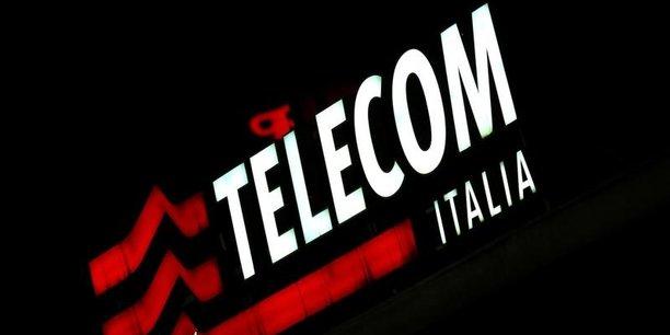 Selon la législation italienne, les entreprises de télécommunications qui détiennent une part de marché supérieure à 40% ne peuvent réaliser un chiffre d'affaire supérieur à 10% du SIC, le système intégré des communications.
