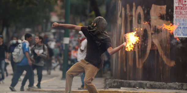 L'opposition au venezuela entend poursuivre la contestation[reuters.com]