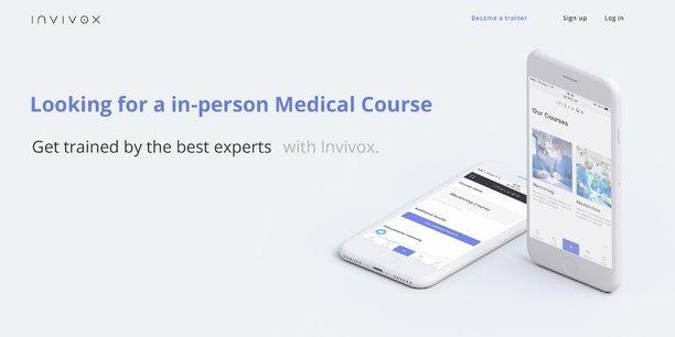 Invivox est disponible sur Internet, iOS et Android, et via des extranets labo permettant aux industriels partenaires de sponsoriser la formation de médecins auprès d'experts de leur choix pour les former à leurs produits.