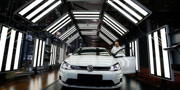 Volkswagen condamne a une mise a l'epreuve de trois ans aux usa[reuters.com]