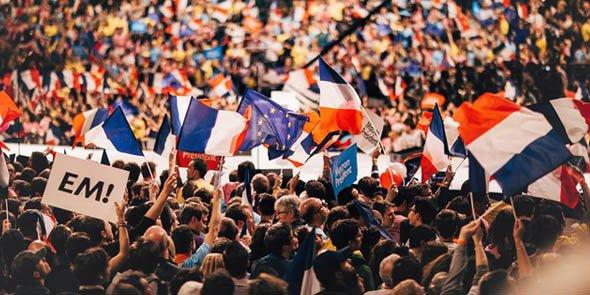 Candidat d'En Marche, Emmanuel Macron engrange les ralliements dans la région Occitanie, où Marine Le Pen l'a pourtant devancé.