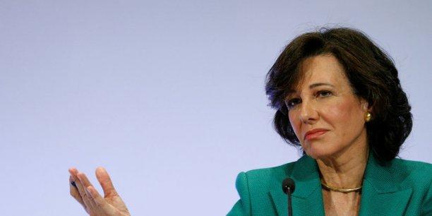 Ana Botin, la patronne de Santander, est venue à la rescousse de Banco Popular, pour éviter un sauvetage sur fonds publics de la banque espagnole plombée par ses actifs immobiliers toxiques.
