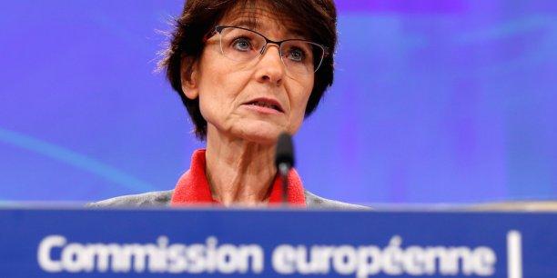 « Je n'ai pas d'illusions. Il y aura ceux qui diront que nous n'allons pas assez loin et ceux qui diront que cela va trop loin. C'est naturel compte tenu de la diversité européenne. Mais nous avons une chance unique de réduire ces différences », a estimé Marianne Thyssen, commissaire européenne en charge de l'Emploi et des Affaires sociales.