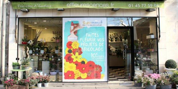 Message in a window permet de réserver des vitrines de magasins pour y installer sa campagne de communication