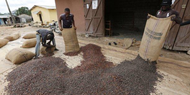 En Côté d'ivoire, les agriculteurs certifiés n'ont pu écouler que des volumes réduits de leur production.