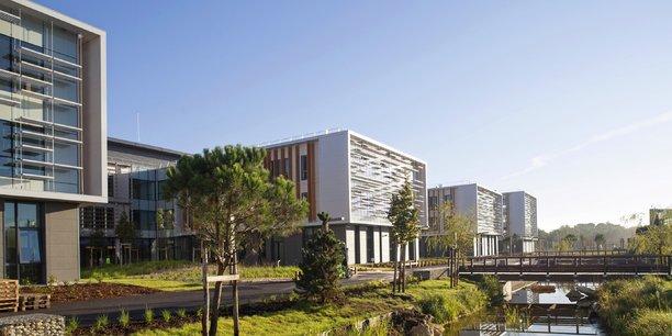 La zone de Bordeaux Aéroparc comprend notamment le nouveau campus de Thales ainsi que l'aéroport