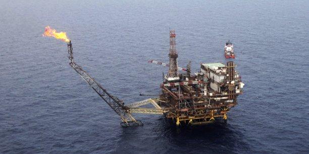 La plus récente découverte de réservoirs de pétrole au Sénégal a été faite par Cairn Energy, dans le puits d'exploration SNE North-1, à 20 kilomètres de La pointe de Sangomar, une flèche littorale située sur l'océan Atlantique.