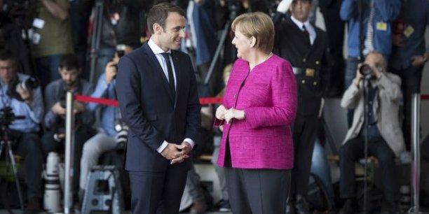 Emmanuel Macron et Angela Merkel, lundi 15 mai, à Berlin.