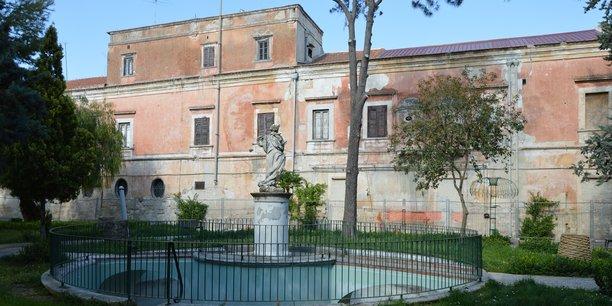 Voici le genre de propriétés que les pouvoirs publics italiens distribuent gratuitement...