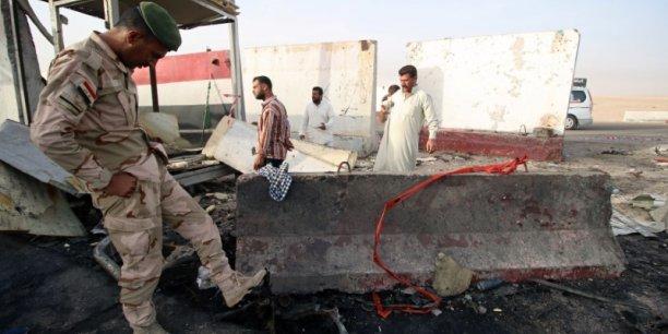Deux attentats suicides pres d'une zone petroliere dans le sud de l'irak[reuters.com]