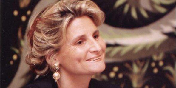 Chiara Corraza est Managing Director du Women's Forum for the Economy & Society