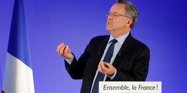 Selon le Canard enchaîné, le lien entre Richard Ferrand et la gérante de la SCI dénommée Saca ne figure pas sur le procès-verbal de la réunion du conseil d'administration des Mutuelles de Bretagne durant laquelle l'offre a été retenue, en 2011.