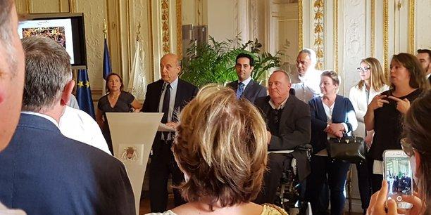La remise des prix a eu lieu en présence d'Alain Juppé, maire de Bordeaux, et de Joël Solari, élu de la ville en charge du handicap.