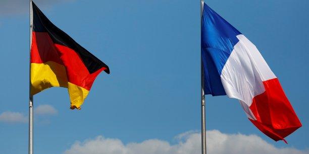 L'Allemagne attire plus d'investisseurs étrangers que la France. Selon le Baromètre Attractivité publié ce mardi par EY, le nombre d'investissements directs étrangers (IDE) a progressé de 12% en Allemagne en 2016 pour s'élever à 1.063 en Allemagne contre 779 dans l'Hexagone.
