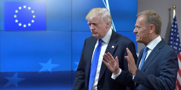 Donald Trump en compagnie du Président du Conseil Donald Tusk, jeudi 25 mai.