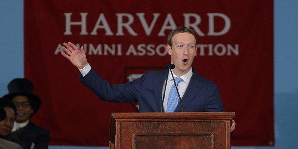 Lors de son discours à Harvard, où il a reçu un diplôme à titre honorifique, ce jeudi 25 mai, Mark Zuckerberg a défendu l'idée de redéfinir un nouveau contrat social.