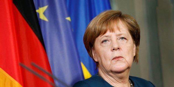 La chancelière allemande, visiblement remontée contre Donald Trump, veut renforcer la relation entre les chefs d'Etat européens, et particulièrement celle avec Emmanuel Macron.