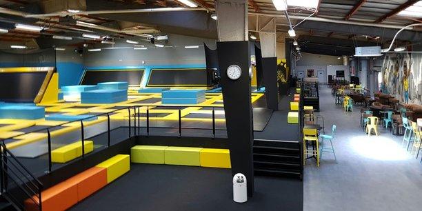 Trampoline Park possède 8 centres de loisirs indoor dédiés à des activités de trampoline.