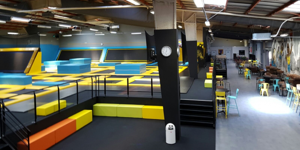 bordeaux trampoline park leader national sort de l 39 ombre. Black Bedroom Furniture Sets. Home Design Ideas