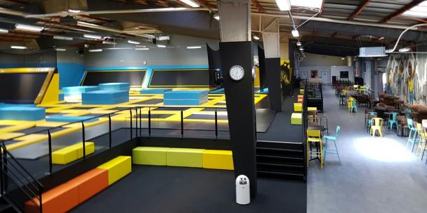 bordeaux trampoline park leader national sort de l 39 ombre. Black Bedroom Furniture Sets. Home Design Ideas