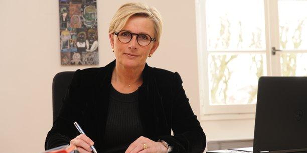 Marie-Hélène Thoraval est maire de la ville de Romans-sur-Isère (Drôme) depuis 2014.