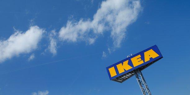 Pour l'année fiscale 2016, les ventes en ligne d'Ikea ont grimpé de 30% à 1,4 milliard d'euros, sur un total des ventes à 34,2 milliards d'euros.