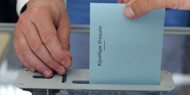 Le taux de participation au second tour de l'élection législative est de 35,33% à 17h