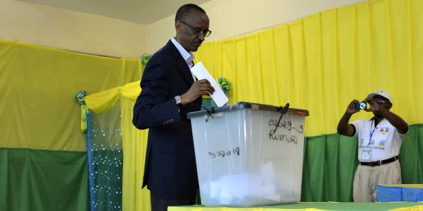Paul Kagame investi candidat à la présidentielle — Rwanda