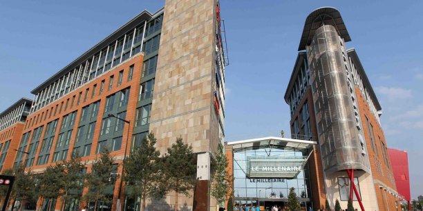 Les immeubles de bureaux du quartier du Millénaire, à Aubervilliers, font partie du parc de la foncière Icade dans laquelle Crédit Agricole Assurances s'est renforcé au capital.