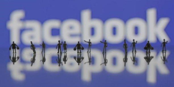 Un porte-parole de Facebook a assuré que «toute publication de contenu servant à coordonner le trafic de personnes est contraire aux standards de la communauté Facebook et sera retirée dès qu'on nous la signalera».