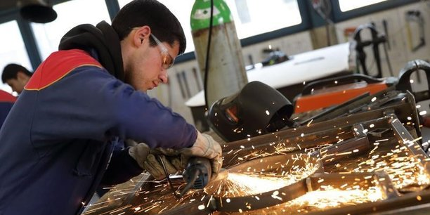 L'industrie concentre 49,8 % des effectifs intérimaires en Nouvelle-Aquitaine.