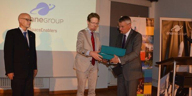 Wilfried Krug, à gauche, Nikolaus Meyer-Landrut et Alain Charmeau hier jeudi au Consulat général d'Allemagne à Bordeaux.