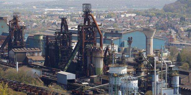 A Florange (Moselle), ArcelorMittal est mis en cause dans une affaire de pollution à l'acide.