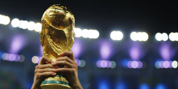 Facebook twitter et snapchat voudraient diffuser la coupe du monde de football - Audience finale coupe du monde ...