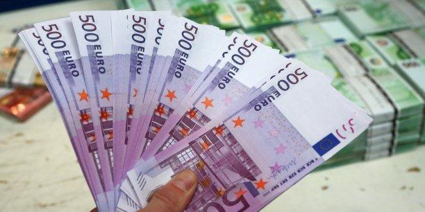 Les spécialistes des changes estiment que le prochain seul technique en vue est 1,267 dollar, ce qui correspond à la moitié du terrain perdu depuis la chute de l'euro en 2014.