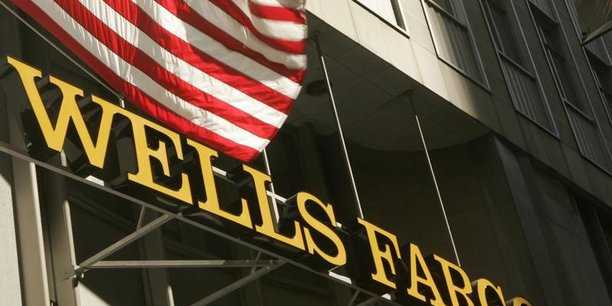 Wells Fargo va remplacer trois membres du conseil d'administration d'ici avril et un quatrième à la fin de l'année, précise la banque centrale.