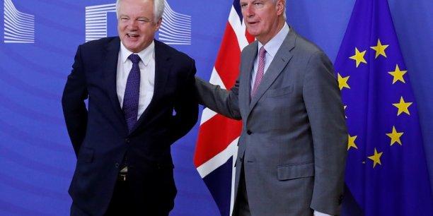 Davis et barnier entament les negociations sur le brexit[reuters.com]