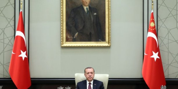 Turquie: prolongation de l'etat d'urgence demandee au parlement[reuters.com]