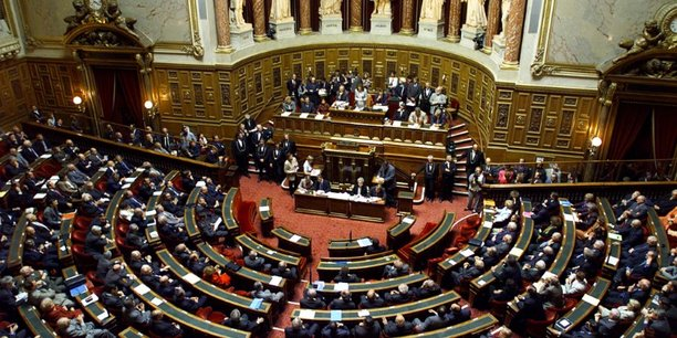Le senat examine le projet de loi antiterroriste[reuters.com]
