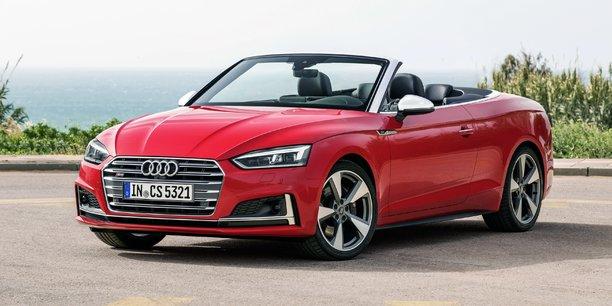 La douceur de la direction, la réactivité du moteur, l'excellente tenue de route... L'Audi A5 Cabriolet régale les conducteurs les plus exigeants!
