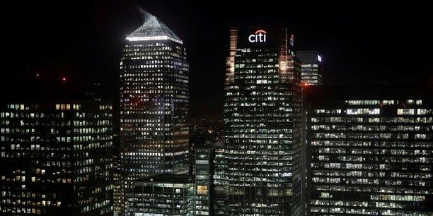 Dans le quartier financier ultra-moderne de Canary Wharf, à Londres, 6.000 personnes travaillent dans la tour Citi. La banque américaine avait démenti avoir l'intention de délocaliser 900 personnes à Dublin en novembre dernier.