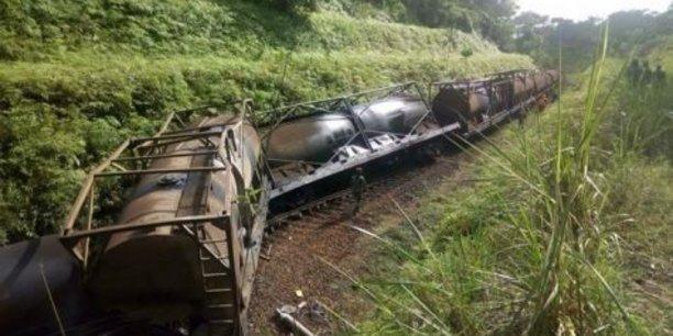 L'accident ferroviaire est survenu à Makondo à 25 kilomètres d'Edéa dans la Sanaga-Maritime, située dans la région du Littoral au sud-ouest du Cameroun.