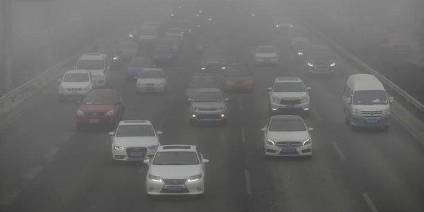 Une étude menée par Greenpeace montre que 57% des Allemands soutiennent l'idée d'une interdiction des véhicules diesel dans les villes les plus polluées.