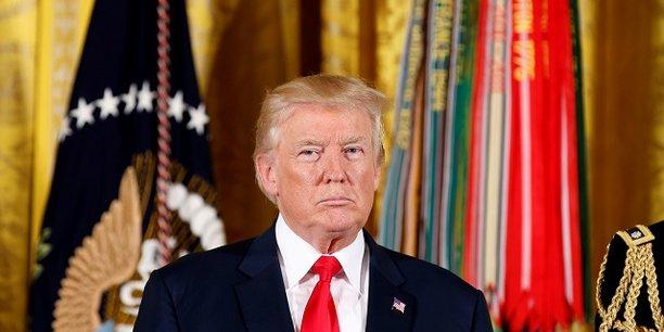 Si Donald Trump dénonce aujourd'hui la posture adoptée par les sénateurs démocrates dans le processus de confirmation, il ne précise pas qu'il est le président ayant nommé le moins de personnes en six mois de mandat.
