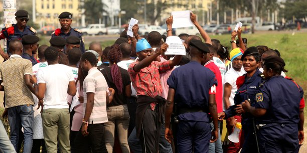 La police des présumés auteurs des violences de lundi à Kinshasa — RDC
