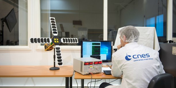 Le satellite EyeSat du Cnes aura à son bord une des antennes d'Anywaves.