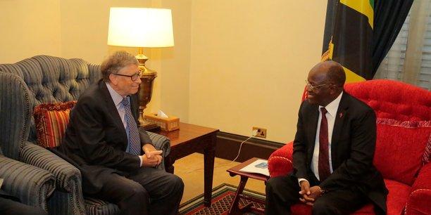 Bill Gates et le président John Magufuli, lors de la rencontre de ce jeudi 10 août à Dar es Salaam, en Tanzanie.