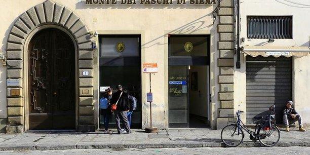Monte dei paschi publie une perte nette de 3,1 milliards d'euros au 2e trimestre[reuters.com]